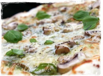 pestopizza2_wm