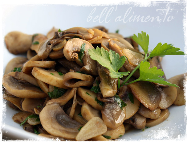 Funghi trifolati sauteed mushrooms bell alimento bell alimento funghi trifolati is simply sauteed mushrooms in italian yes thats it sauteed mushrooms funghi trifolati sounds so much more exciting though no forumfinder Images