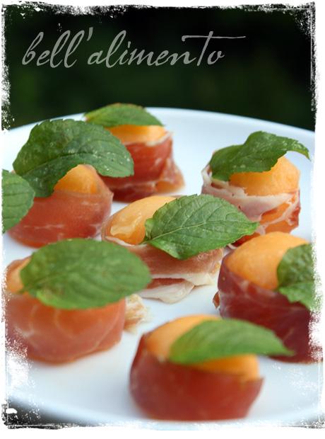 Prosciutto e Melone {Melon wrapped in Prosciutto}