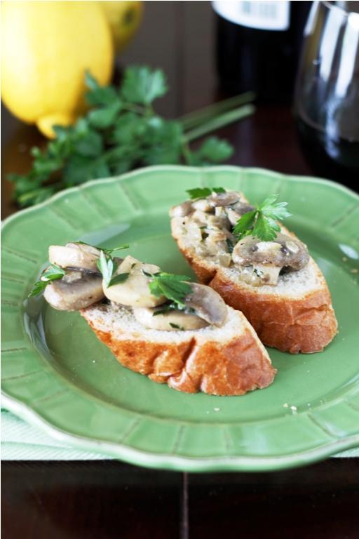 Crostini ai Funghi {Mushroom Crostini}