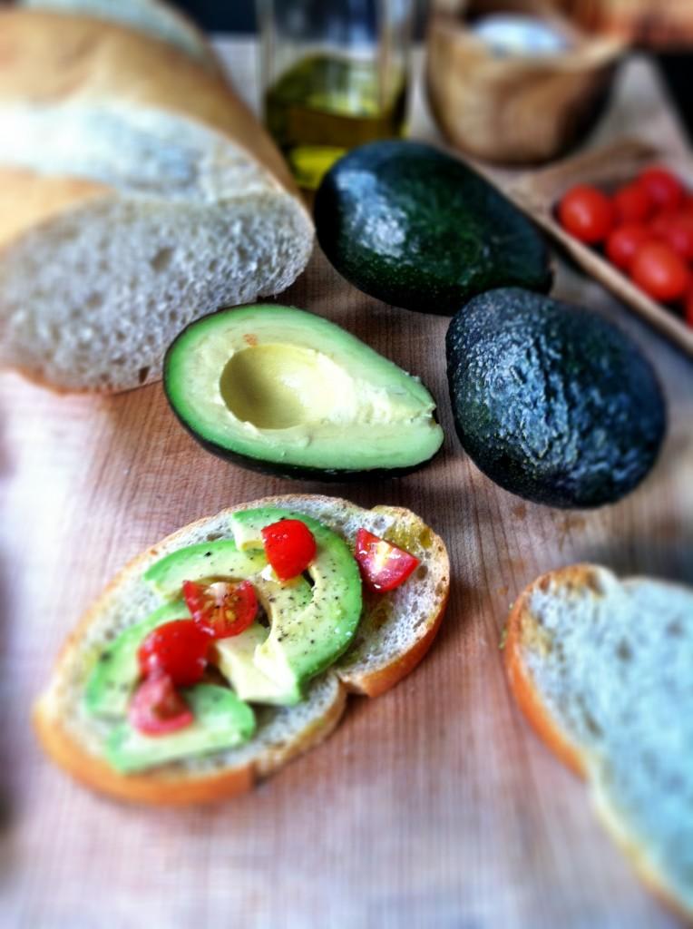 Avocado Breakfast Toast | bell' alimento