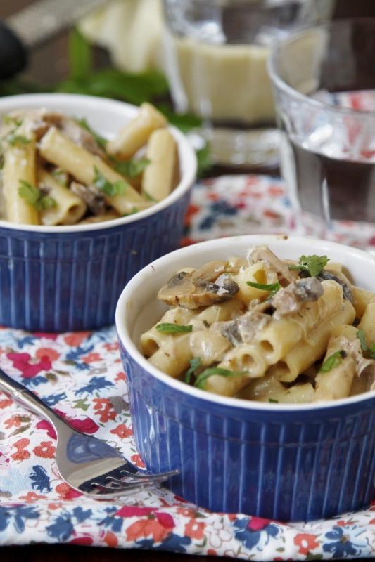 Slow Cooker Chicken Tetrazzini | bell' alimento
