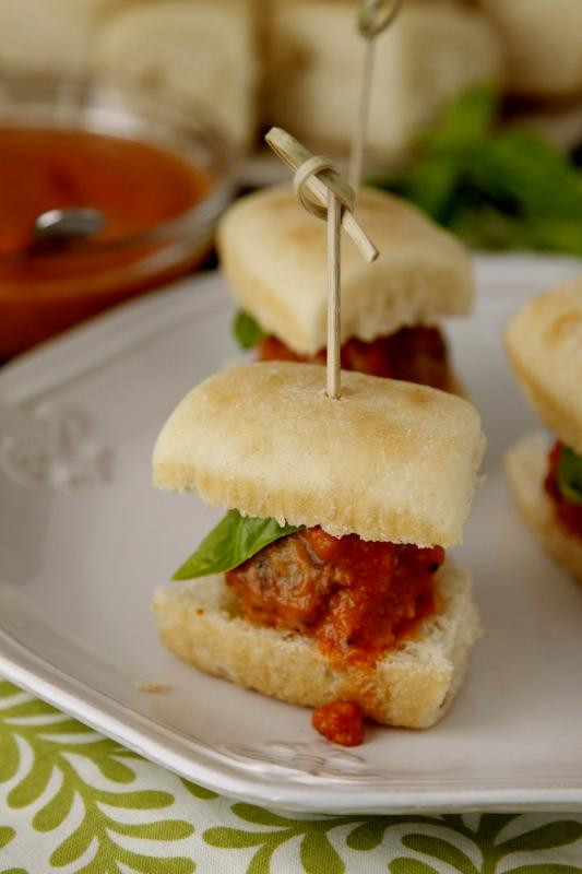 Slow Cooker Mini Meatball Sliders | bell' alimento