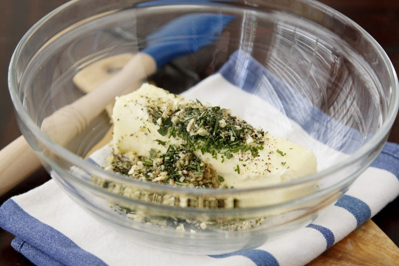 How To Make Herb Compound Butter | bell' alimento