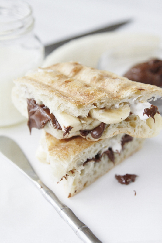 Nutella Banana Marshmallow Creme Panino | bell' alimento