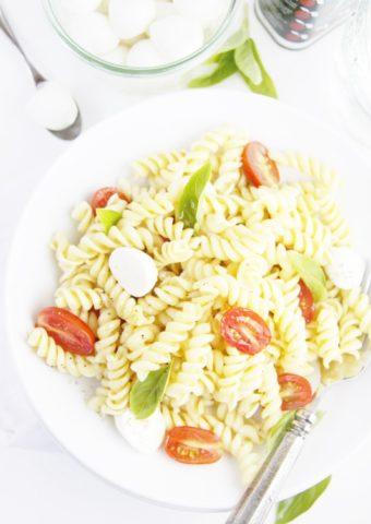 pasta salad in white bowl.