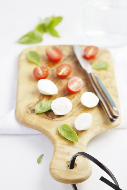 Spicy Caprese Pasta Salad Ingredients on cutting board