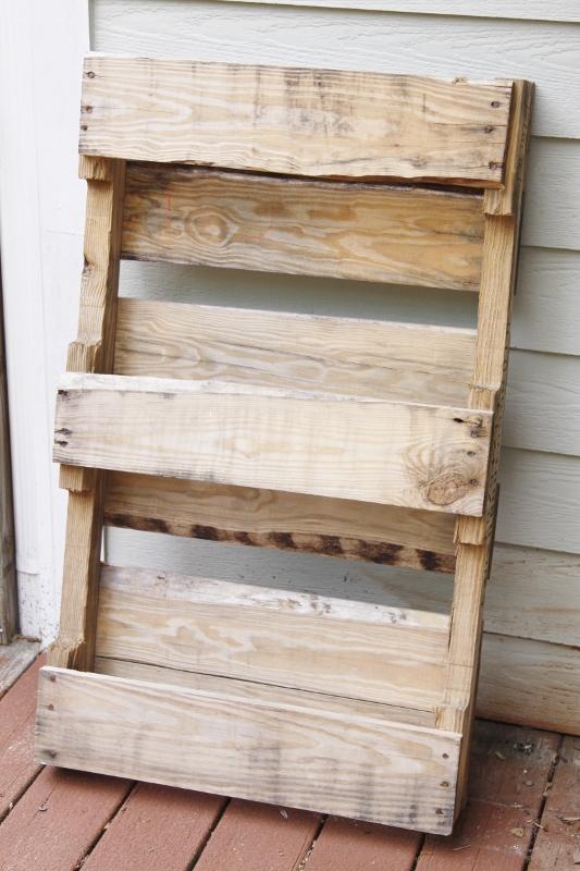 DIY Palette Herb Organizer www.bellalimento.com
