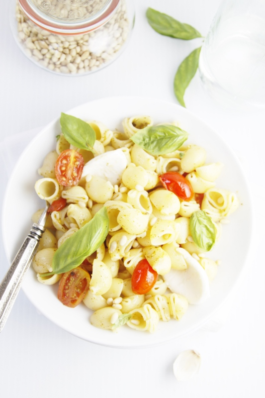 Simple Summer Pesto Pasta  | www.bellalimento.com