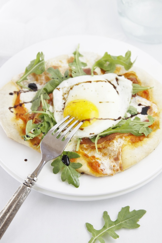 Prosciutto Arugula and Fried Egg Pizza www.bellalimento.com