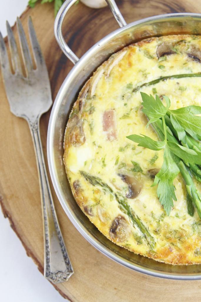 Ham Mushroom Asparagus Frittata www.bellalimento.com