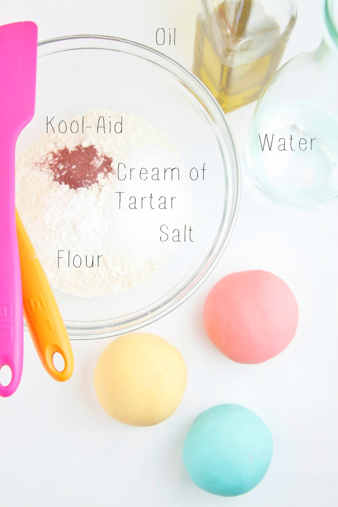 DIY Play Dough www.bellalimento.com