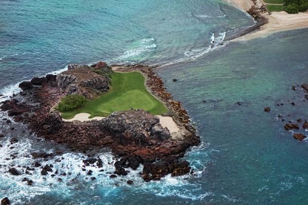 Golf-course-Island