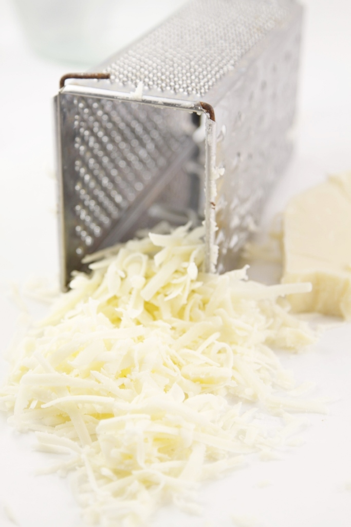 Grated Provolone www.bellalimento.com