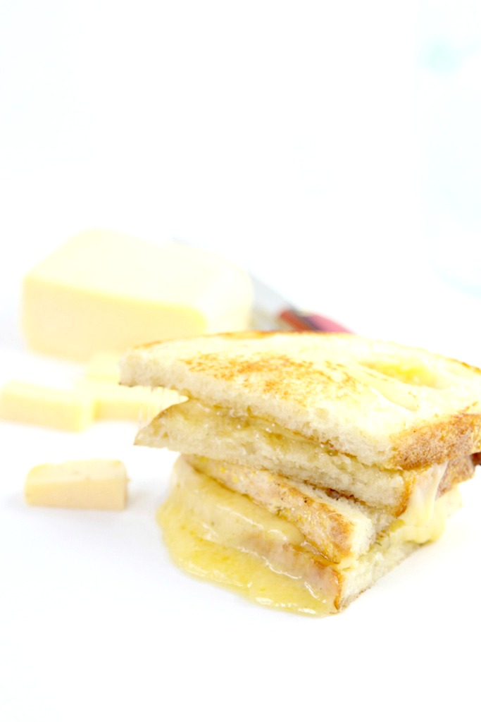 Havarti Grilled Cheese www.bellalimento.com