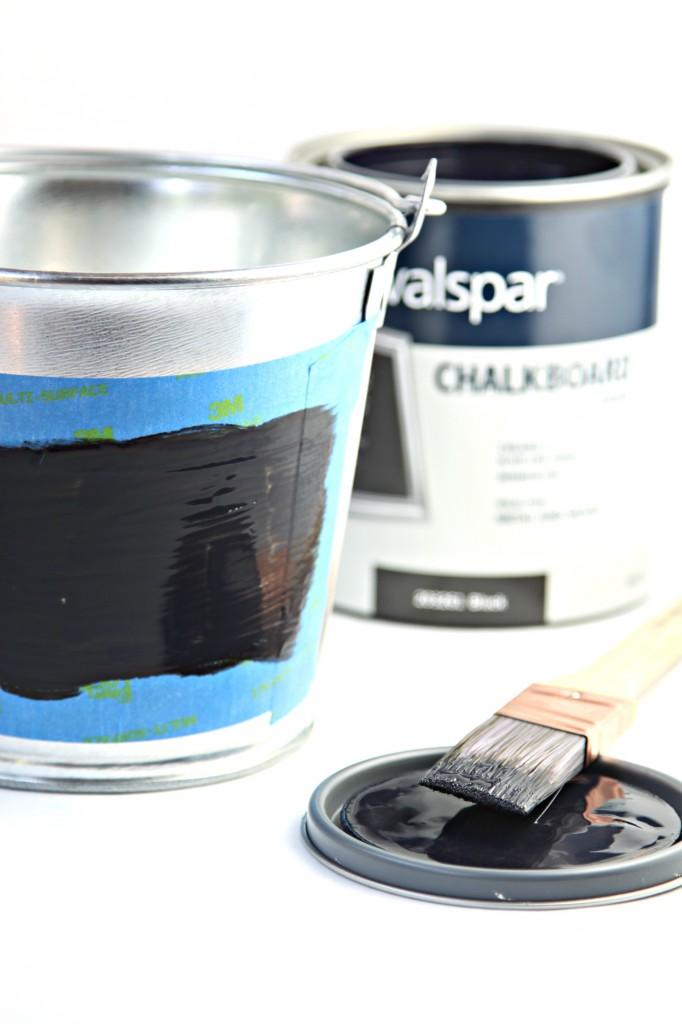 DIY Chalkboard Pail Step 2
