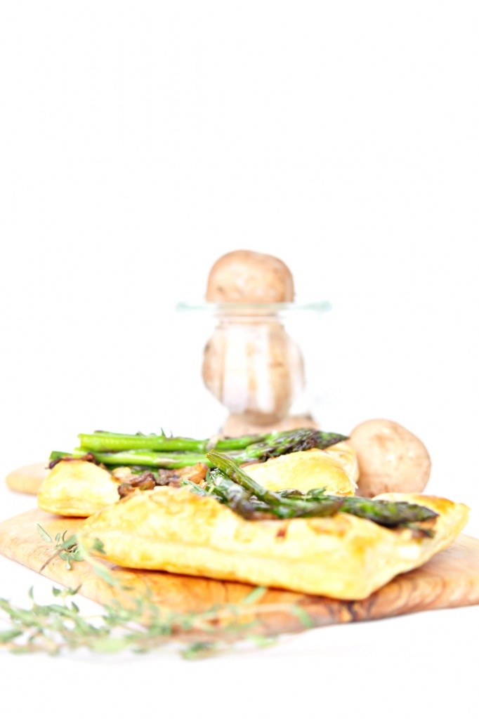 Sauteed Mushroom Asparagus Puff Pastry Appetizer #appetizer #puff pastry #mushrooms #asparagus #fingerfood #vegetarian
