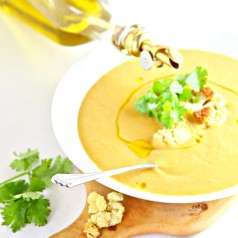 Roasted Curried Cauliflower Soup #soup #glutenfree #vegetarian #dairyfree #cauliflower