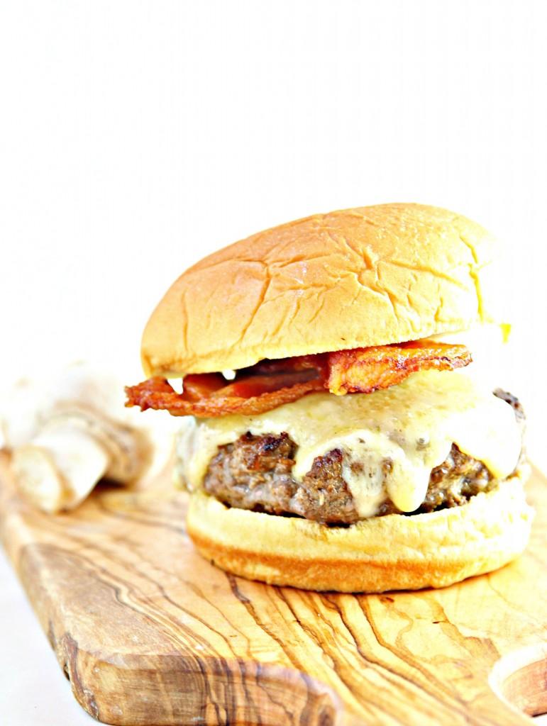 Bacon Mushroom Butter Burger Bell Alimento