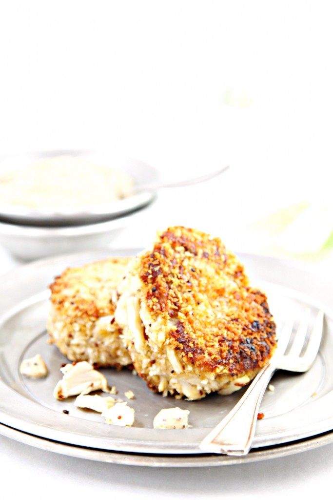 Jumbo Lump Crab Cakes with Mustard Sauce | bell' alimento