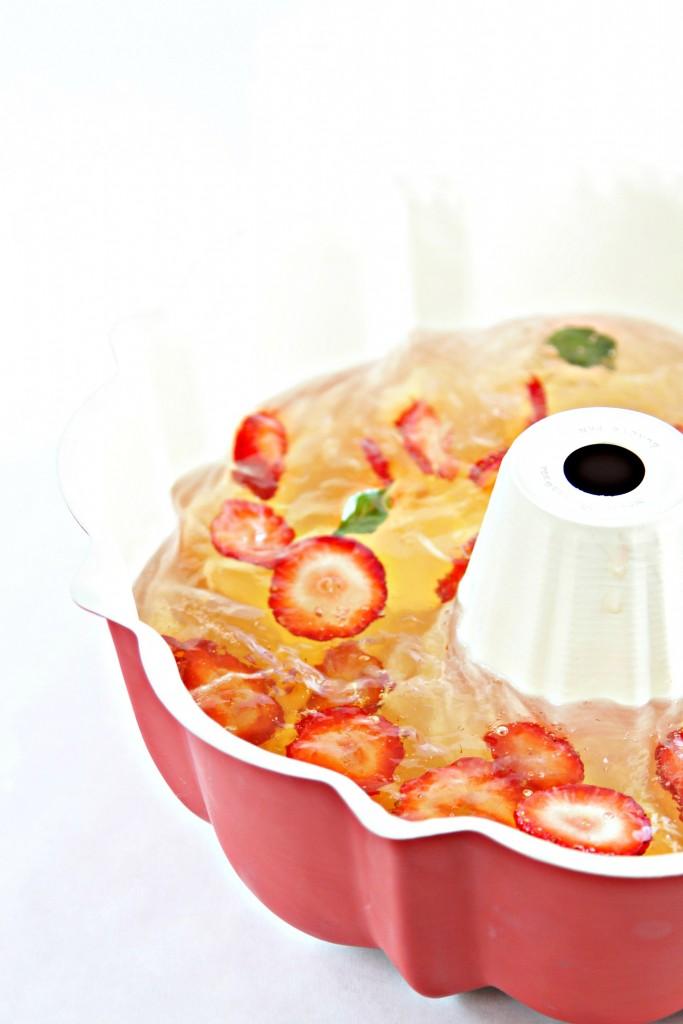 Sparkling Jell-O Mold Recipe — Dishmaps