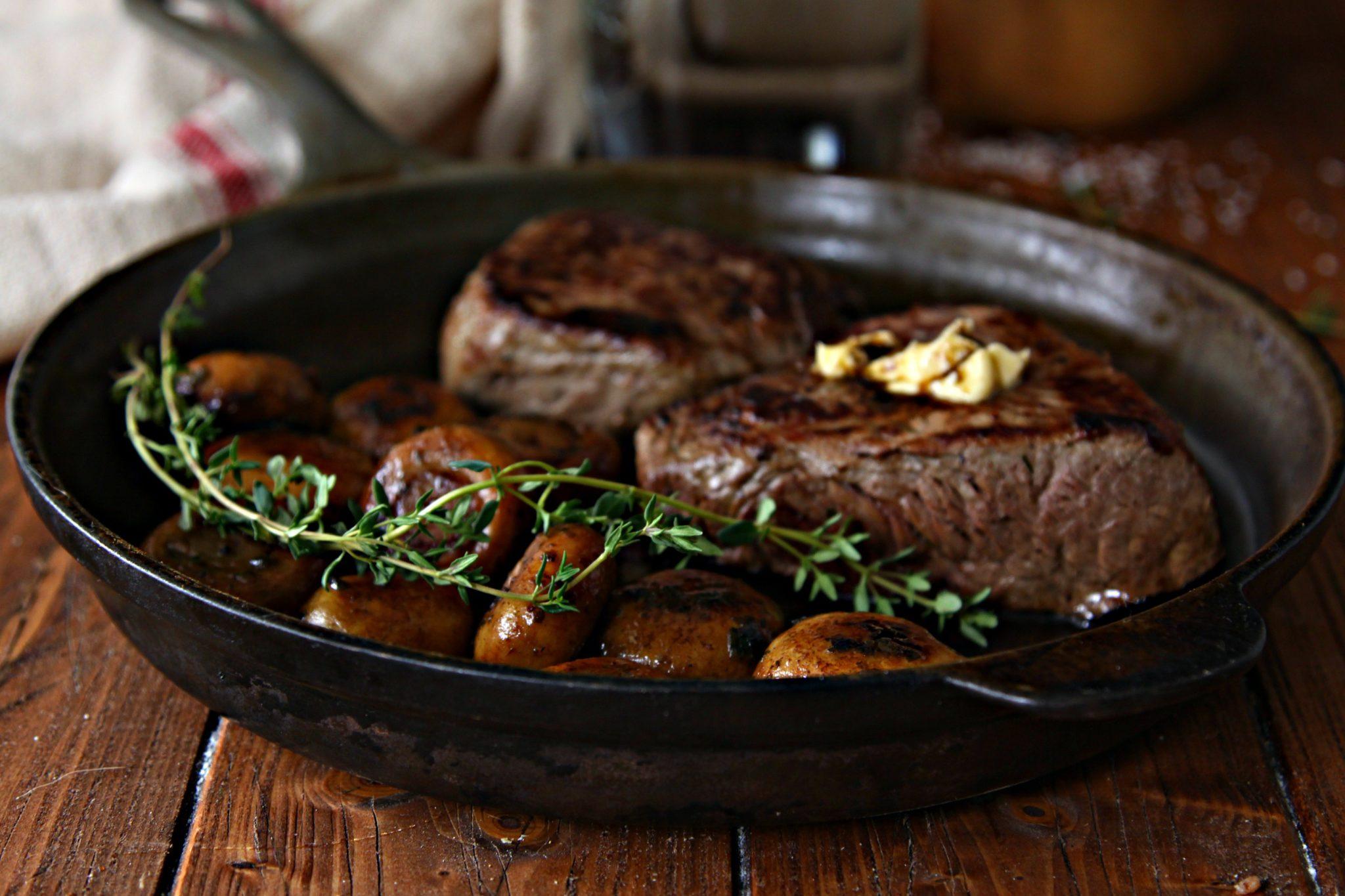 Steak with Sauteed Mushrooms and Chianti Caramel Sauce ...