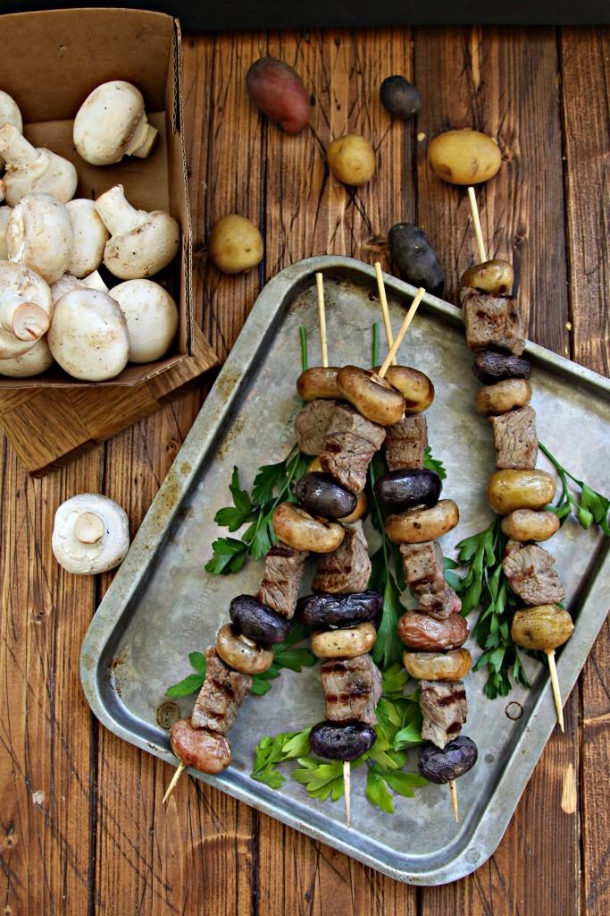 Steak Potato and Mushroom Kebabs #kebabs #steak #beef #kebob #mushrooms #grilling