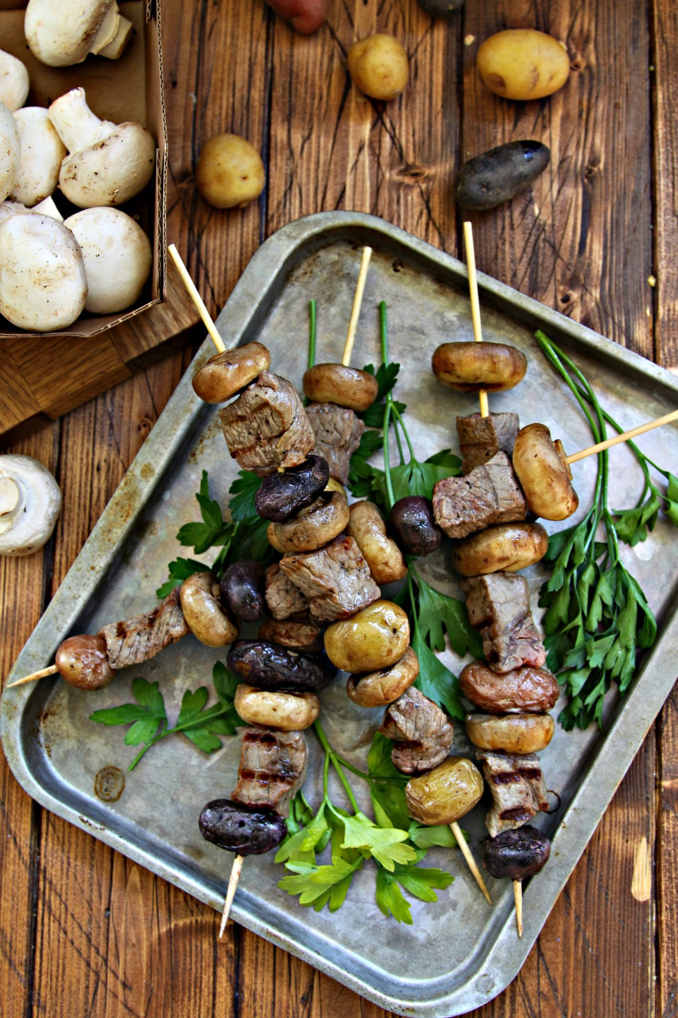 Steak Potato and Mushroom Kebabs #steak #beef #kebabs #kabobs #mushrooms