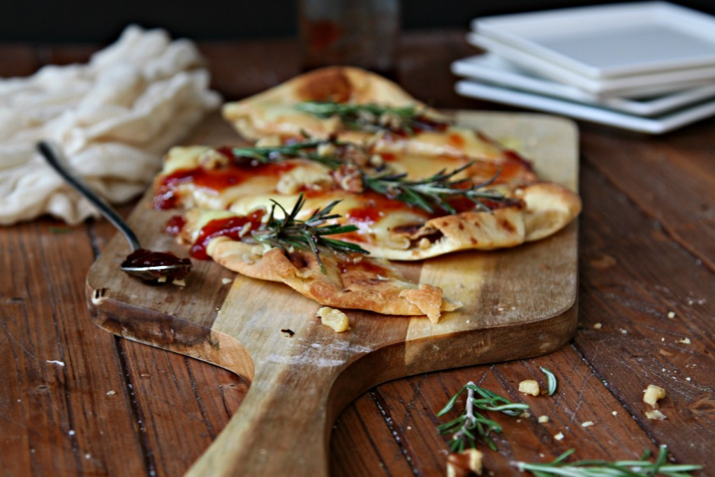 Baked Brie Naan with Rosemary and Walnuts