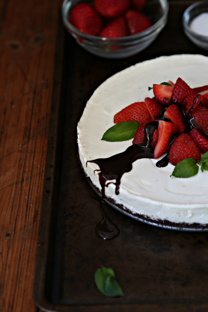 No Bake Strawberry Chocolate Cheesecake