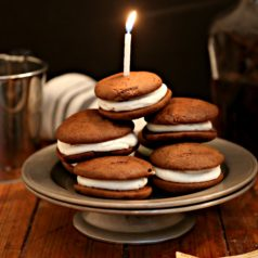 Momma's Old Fashioned Whoopie Pies