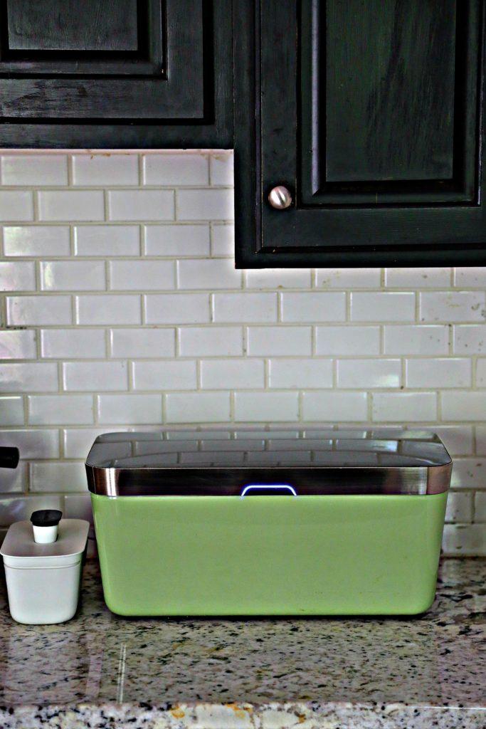 vacuvita on kitchen counter